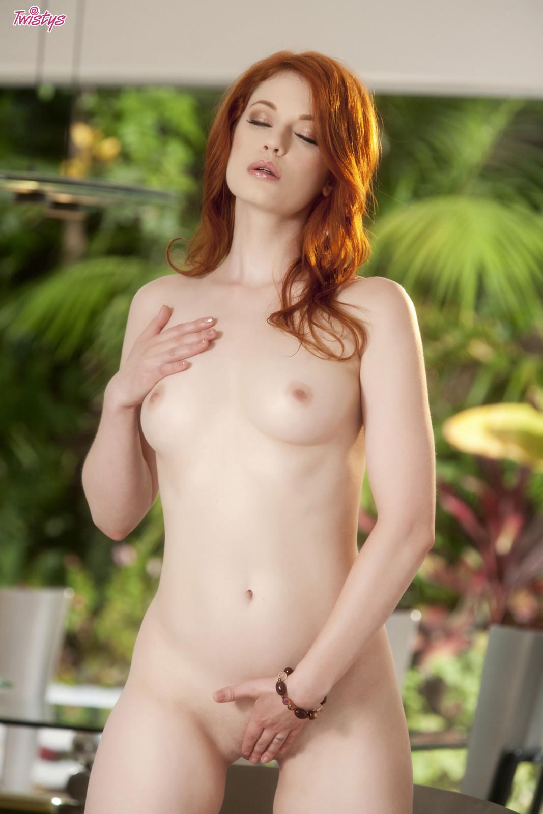 justine-joli-naughty-redhead-naked-twistys-12