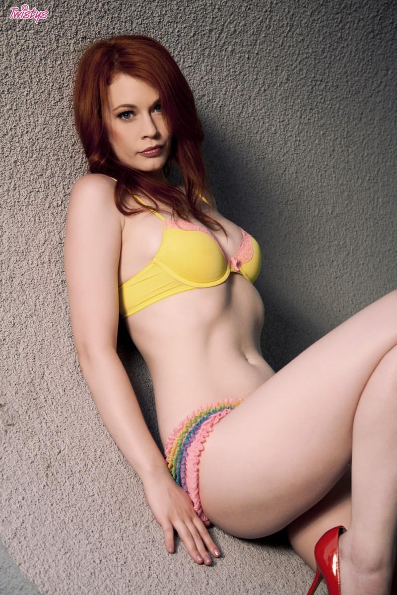 justine-joli-redhead-nude-twistys-02