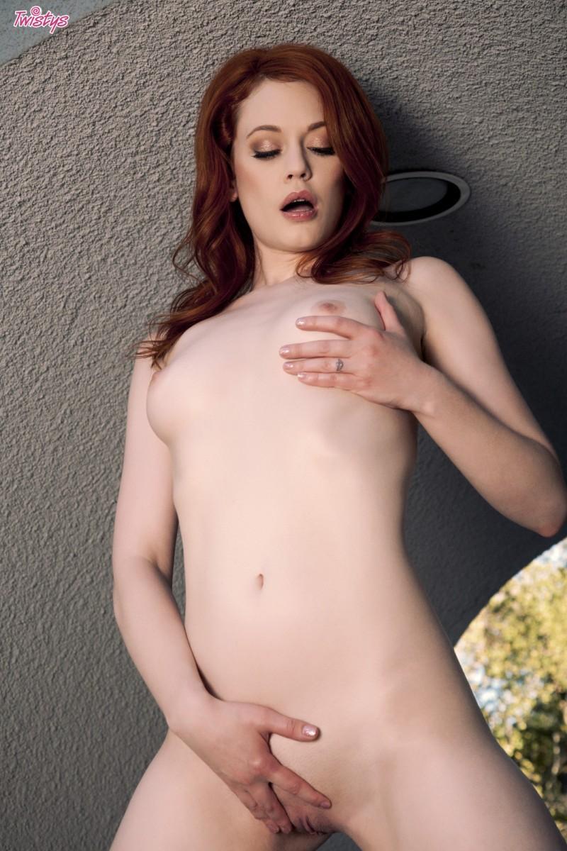 justine-joli-redhead-nude-twistys-09