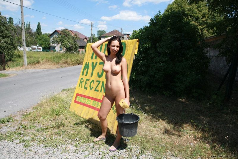 justyna-naked-car-wash-nude-in-public-53