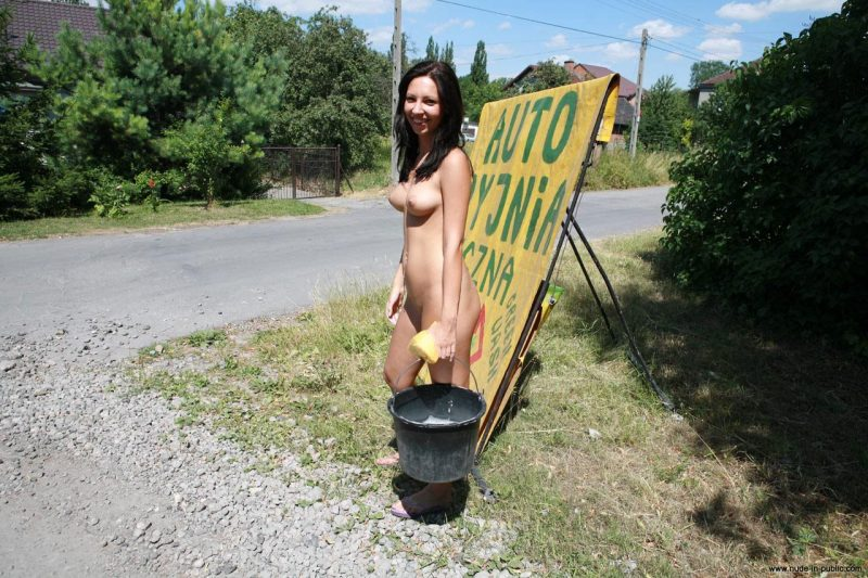 justyna-naked-car-wash-nude-in-public-54