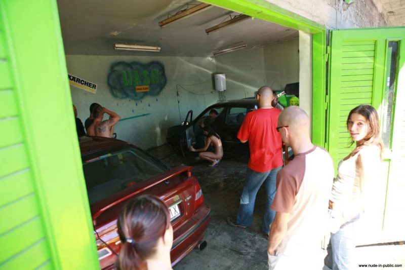 justyna-naked-car-wash-nude-in-public-64