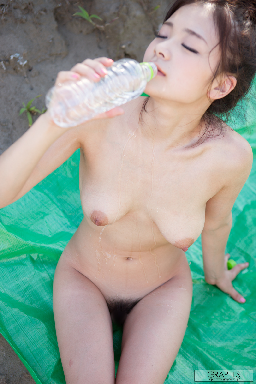 kana-tsuruta-nude-asian-graphis-12