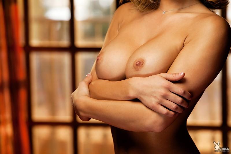 kara-jo-bed-nude-playboy-13