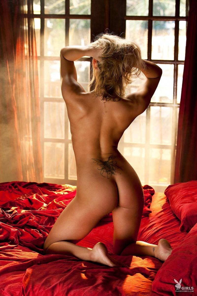 kara-jo-bed-nude-playboy-15