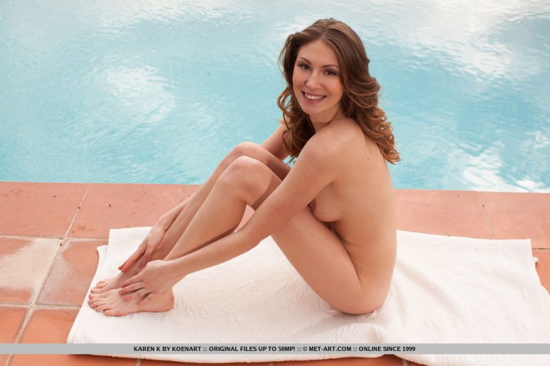 karen-k-pool-nude-metart-09
