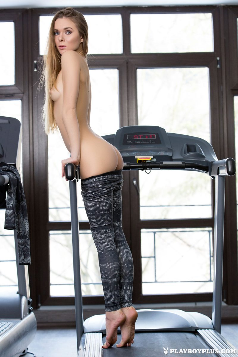 karissa-nude-fitness-gym-playboy-05