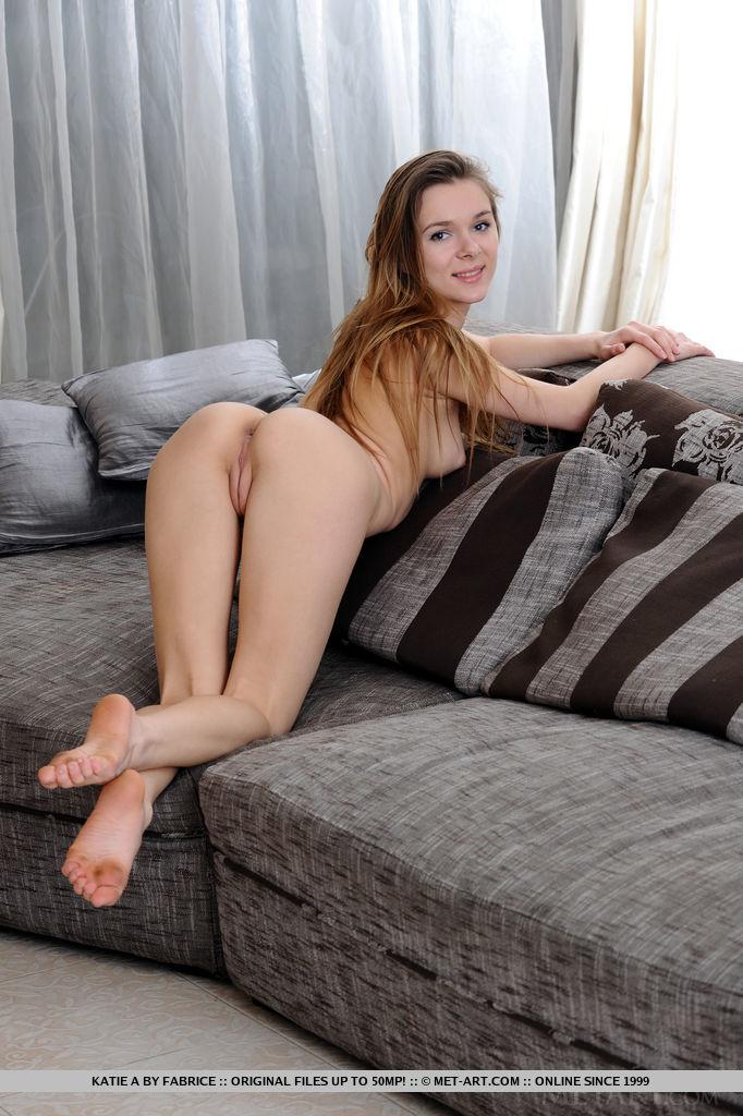 katie-a-nude-corset-skinny-metart-13