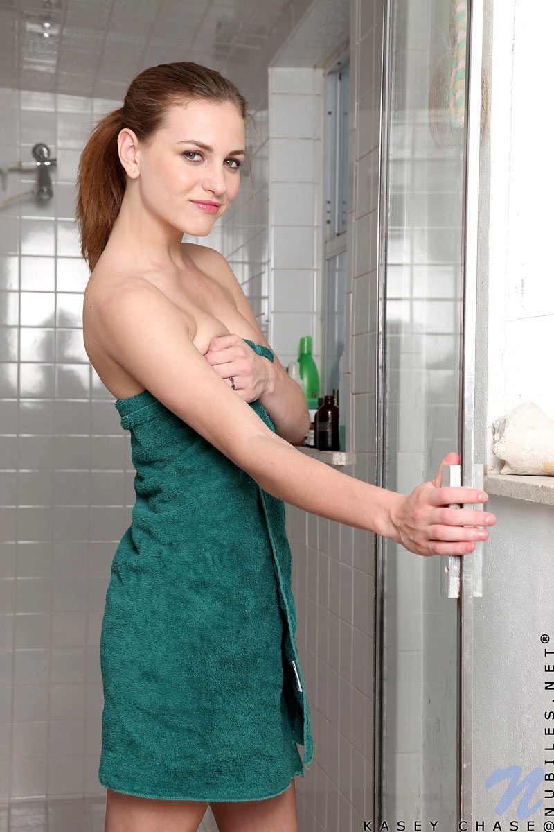 kasey-chase-shower-nude-nubiles-02