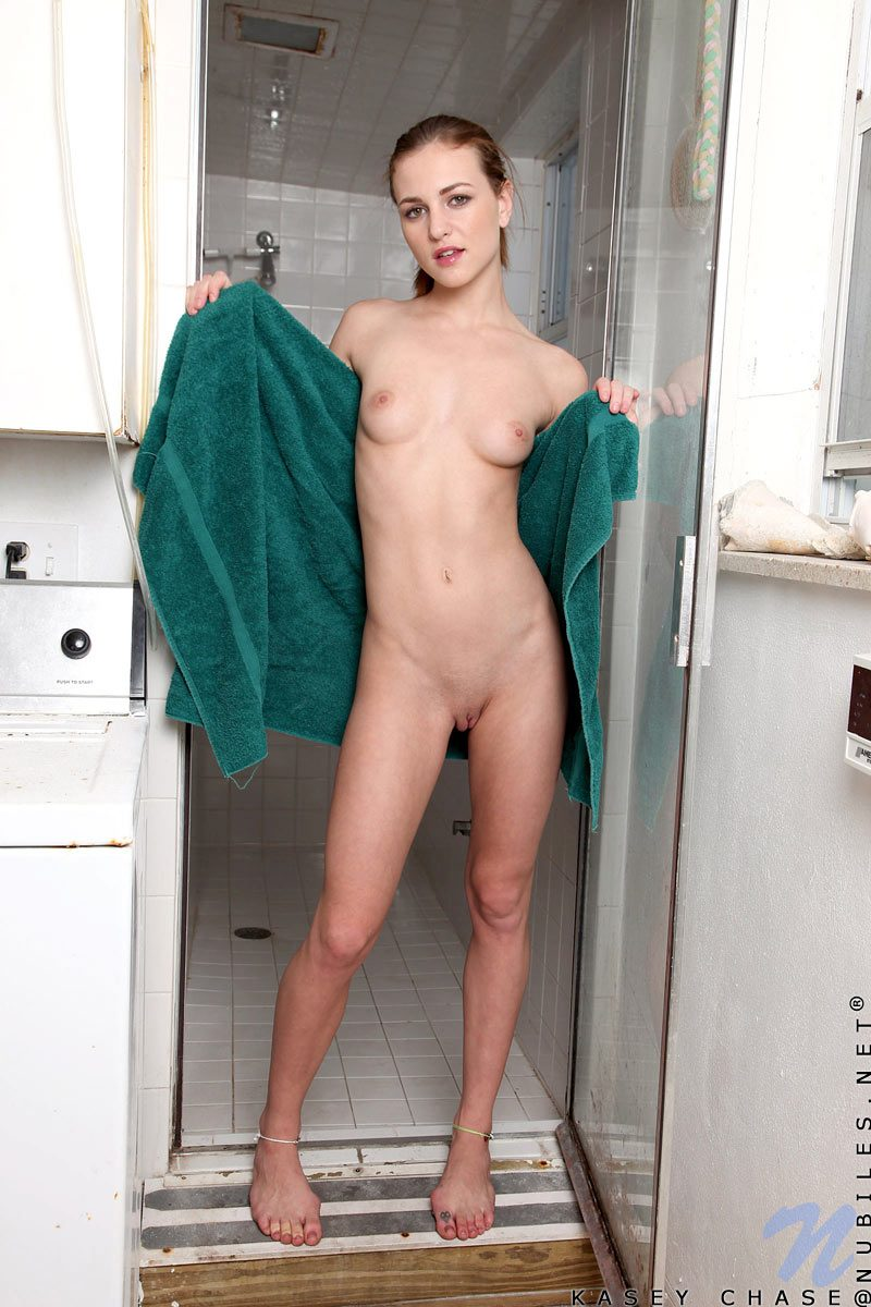 kasey-chase-shower-nude-nubiles-05