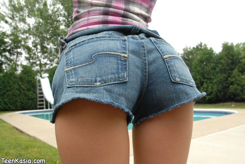 teen-kasia-jeans-shorts-03