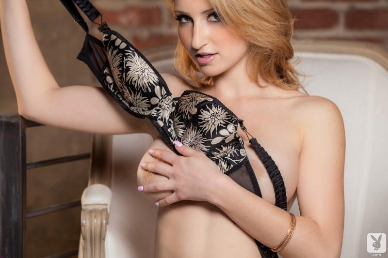 katherine-claire-lingerie-playboy-09
