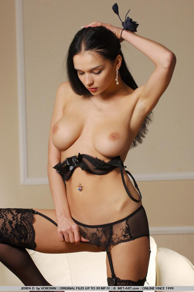 jenya-d-stockings-nude-garters-metart-09