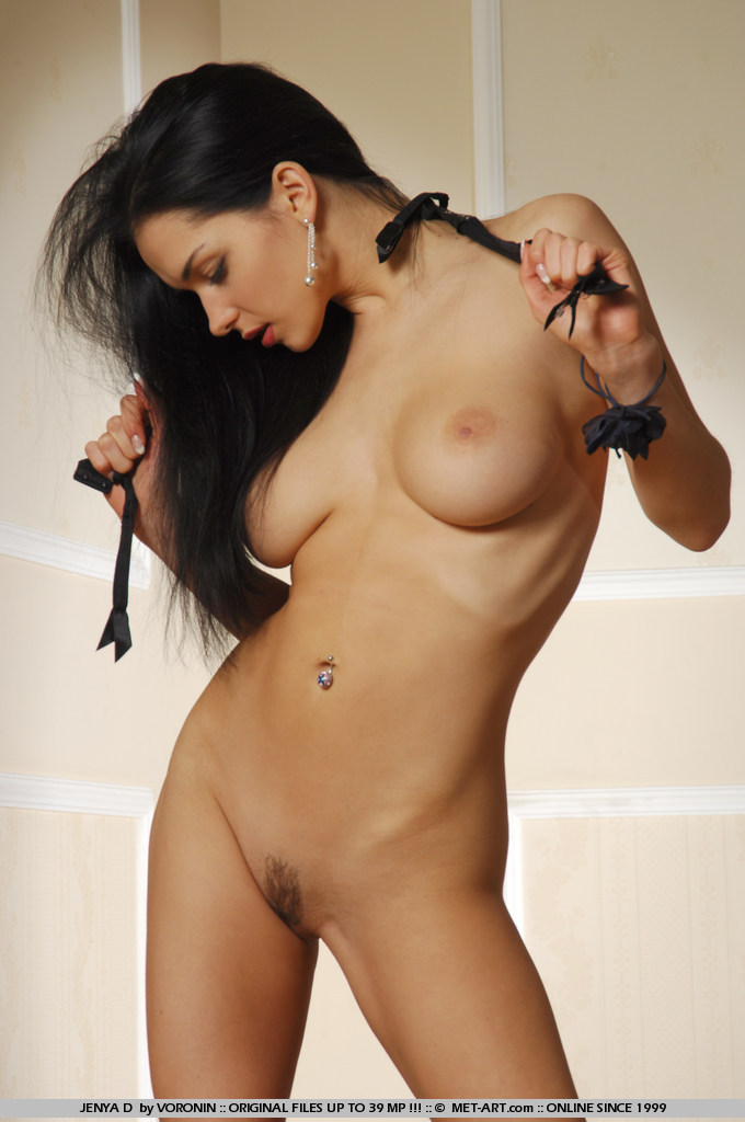 jenya-d-stockings-nude-garters-metart-15