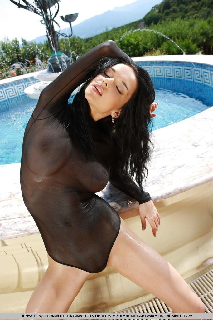 eugenia-diordiychuk-wet-bodysuit-03
