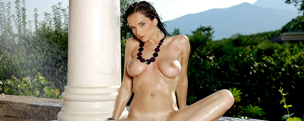 Katie Fey – Wet sensation