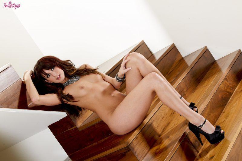 katie-jordan-nude-stairs-high-heels-twistys-18