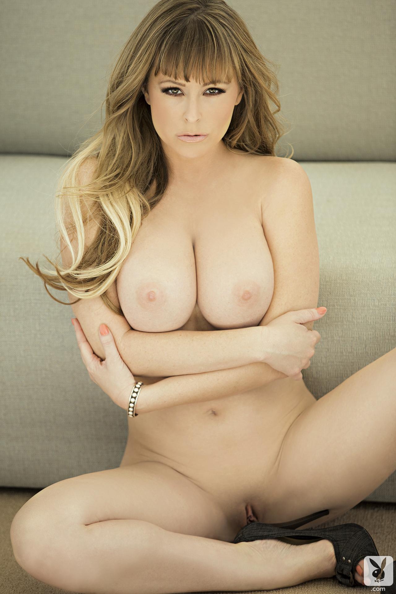 Turkish women nude big boobs