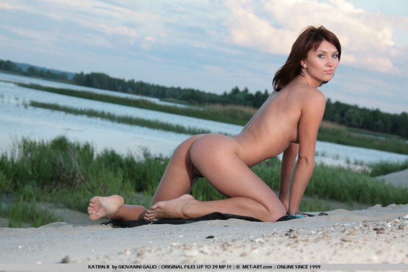 katrin-b-beach-by-lake-naked-metart-06