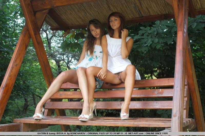 katrin-b-&-bysya-a-met-art-15