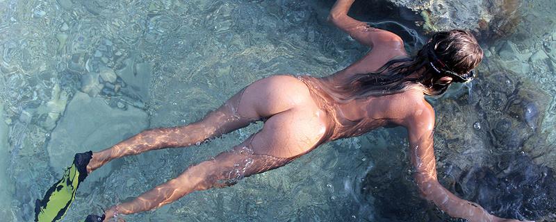 Katya Clover –  Naked diver