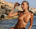 mango-a-nude-seaside-met-art