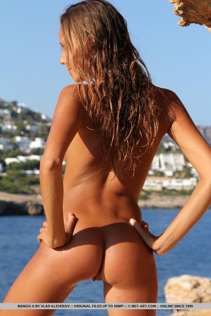 mango-a-nude-holidays-metart-15
