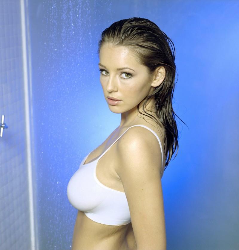 keeley-hazell-nude-shower-grant-sainsbury-05