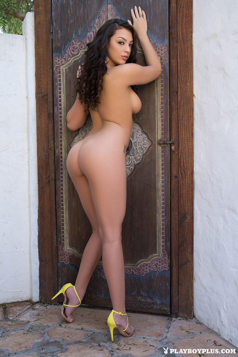kelsi-shay-at-patio-nude-playboy-21
