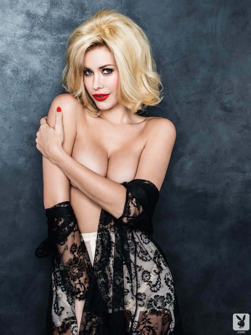 kennedy-summers-playmate-of-year-2014-playboy-03
