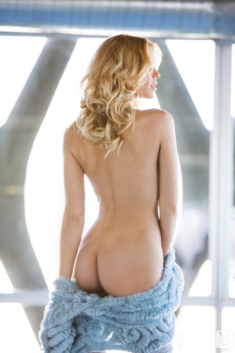 kennedy-summers-miss-december-2013-playboy-06