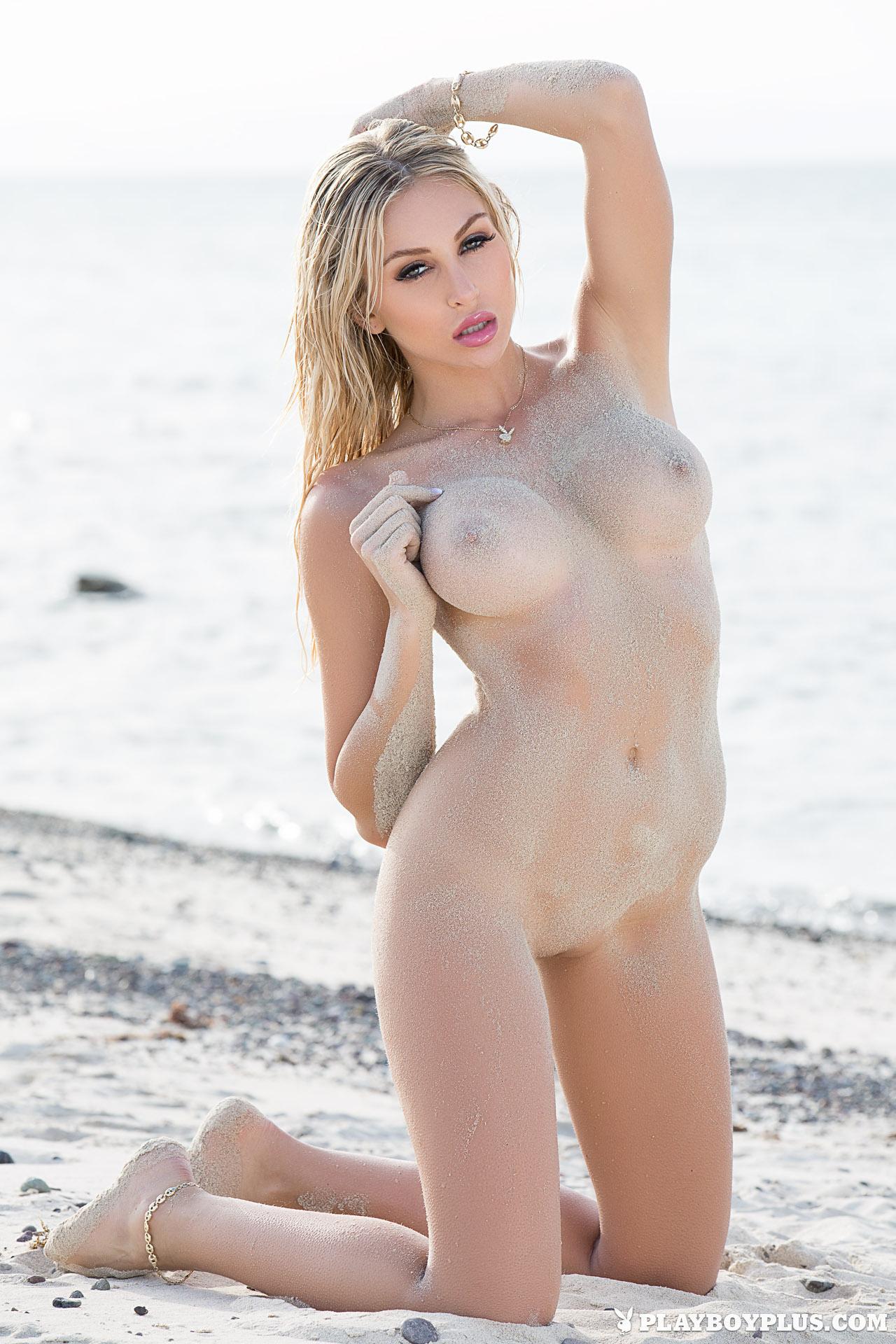 khloe-terae-nude-diver-seaside-playboy-18