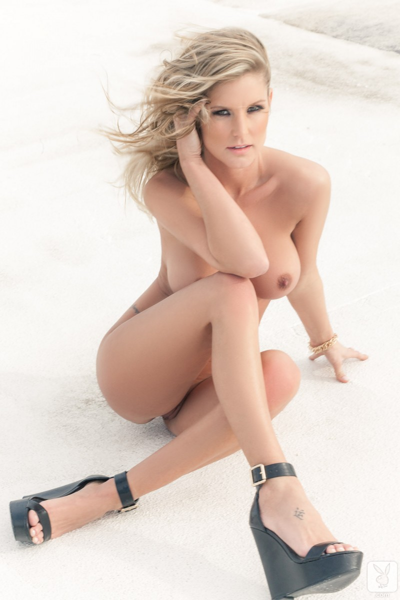 kimber-cox-roof-nude-playboy-17