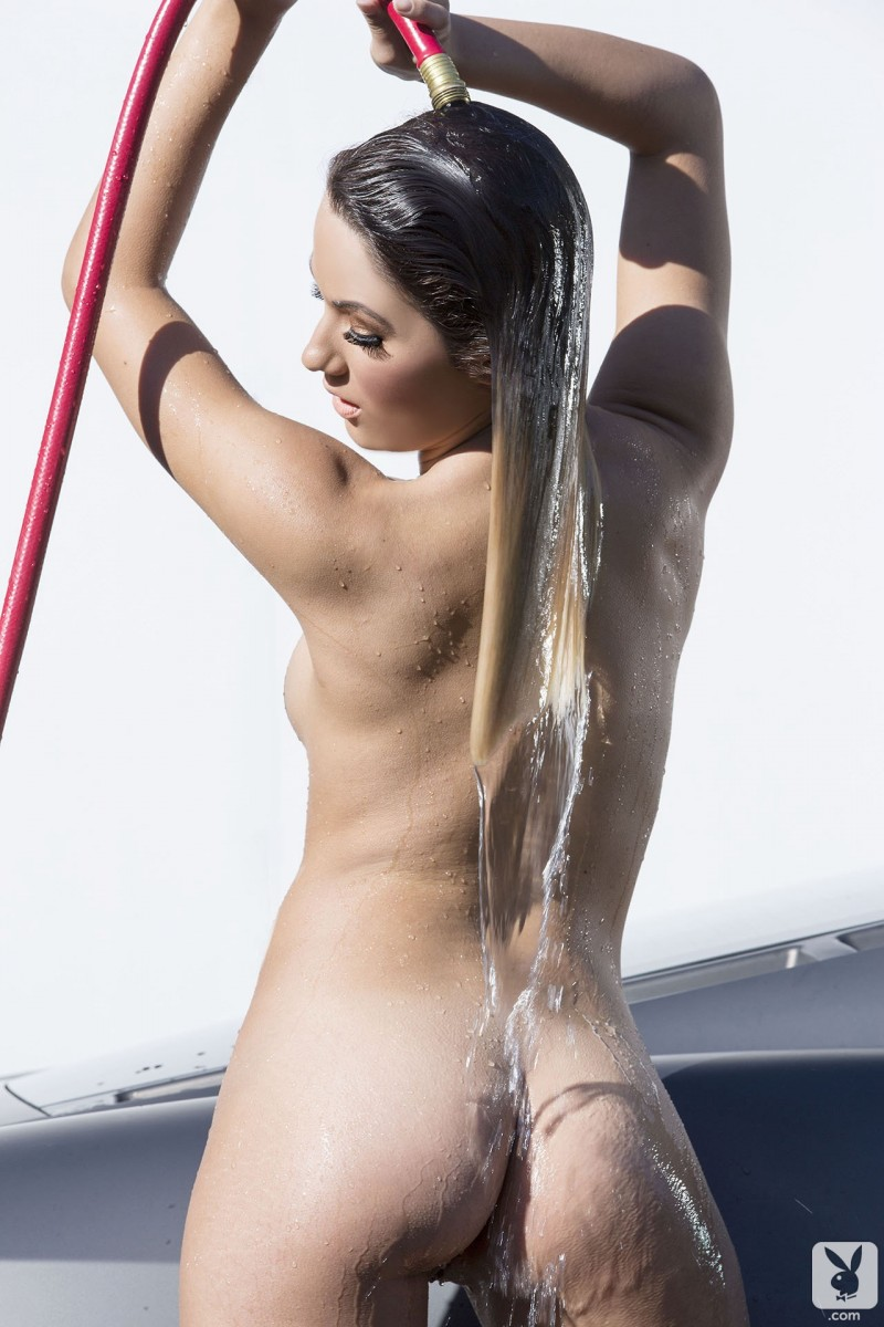 kimberly-kisselovich-ferrari-carwash-playboy-10