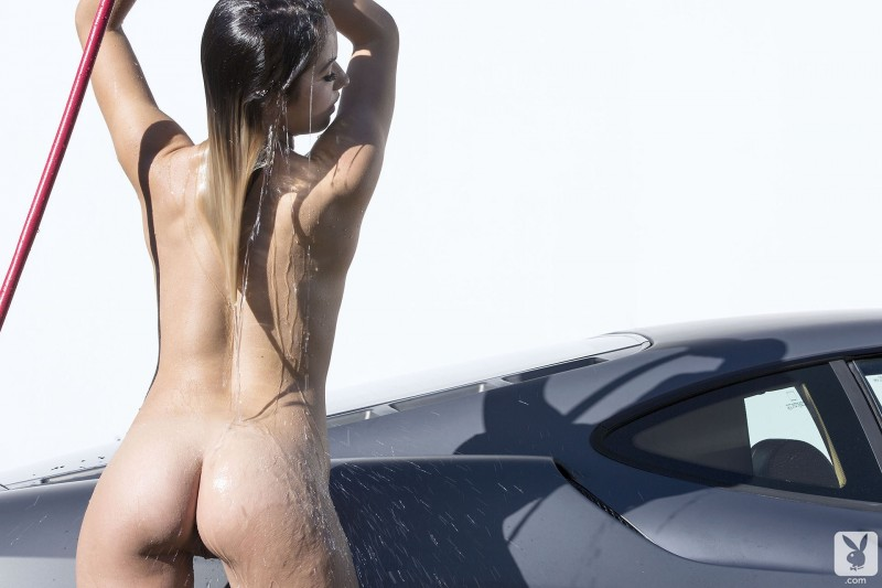 kimberly-kisselovich-ferrari-carwash-playboy-11