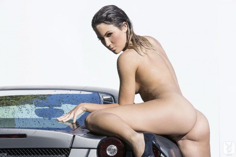 kimberly-kisselovich-ferrari-carwash-playboy-15