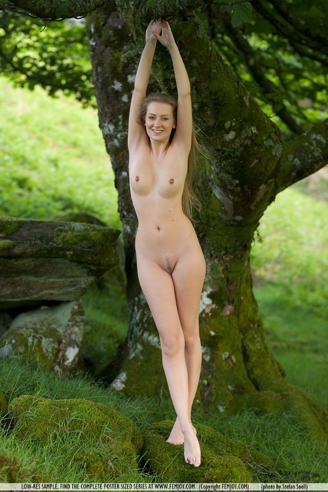 kinga-nude-nature-femjoy-08