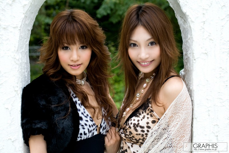 kirara-asuka-&-mari-misaki-infatuation-graphis-01
