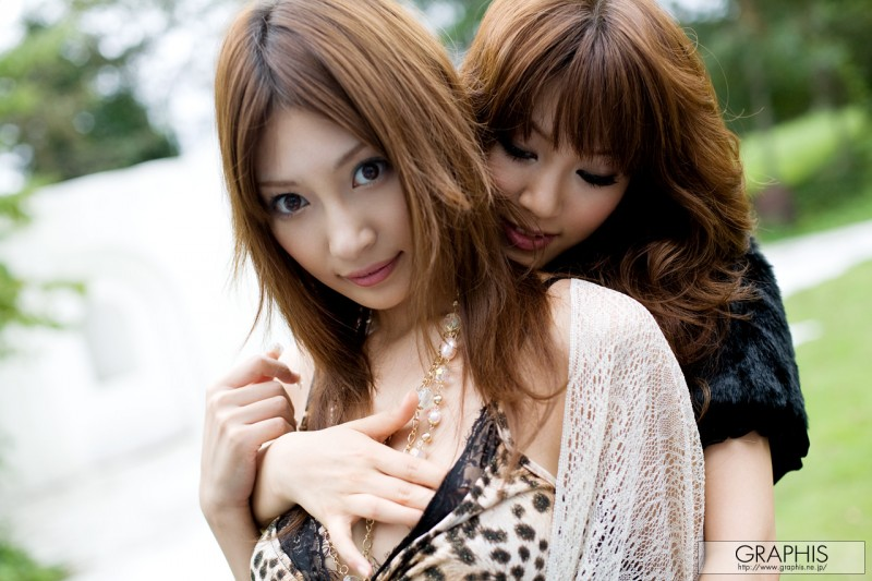 kirara-asuka-&-mari-misaki-infatuation-graphis-14