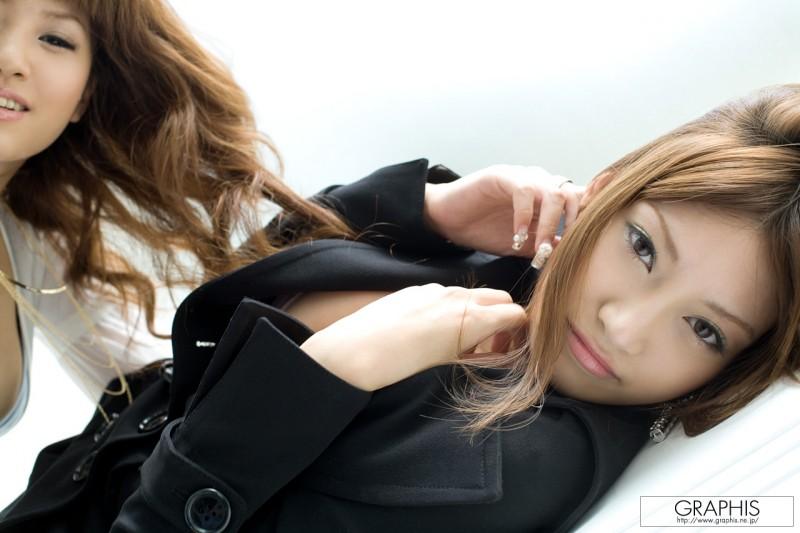 kirara-asuka-&-mari-misaki-infatuation-graphis-23
