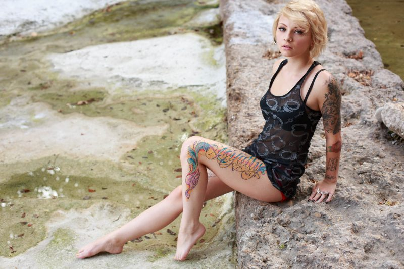 kirbee-blonde-tattoo-suicide-girls-03
