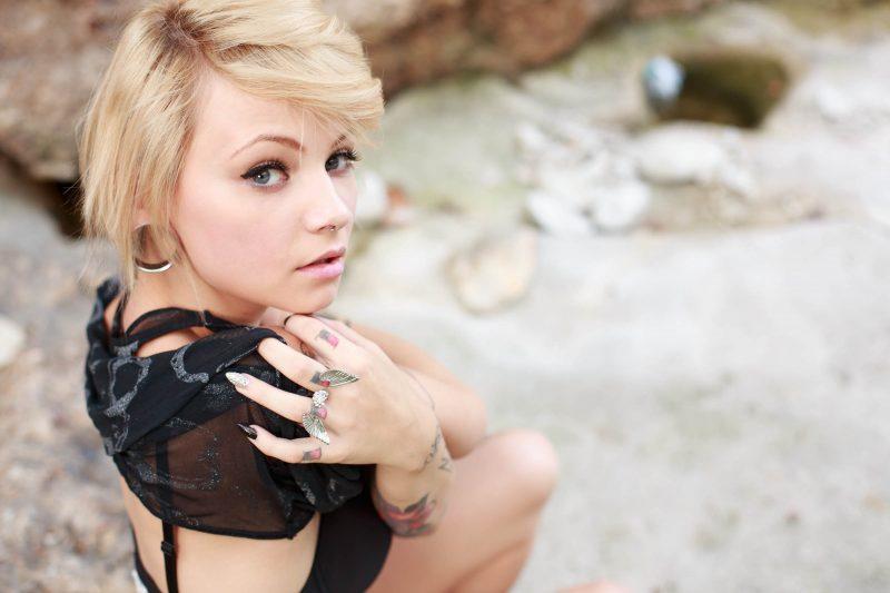 kirbee-blonde-tattoo-suicide-girls-06