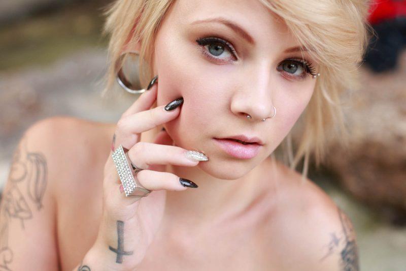 kirbee-blonde-tattoo-suicide-girls-36