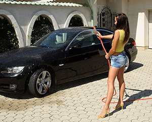 kissy-carwash-bmw-nude-als-scan