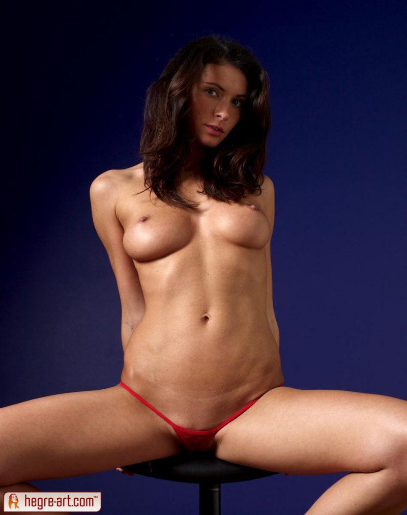 kocsis-orsi-red-panties-naked-hegreart-04