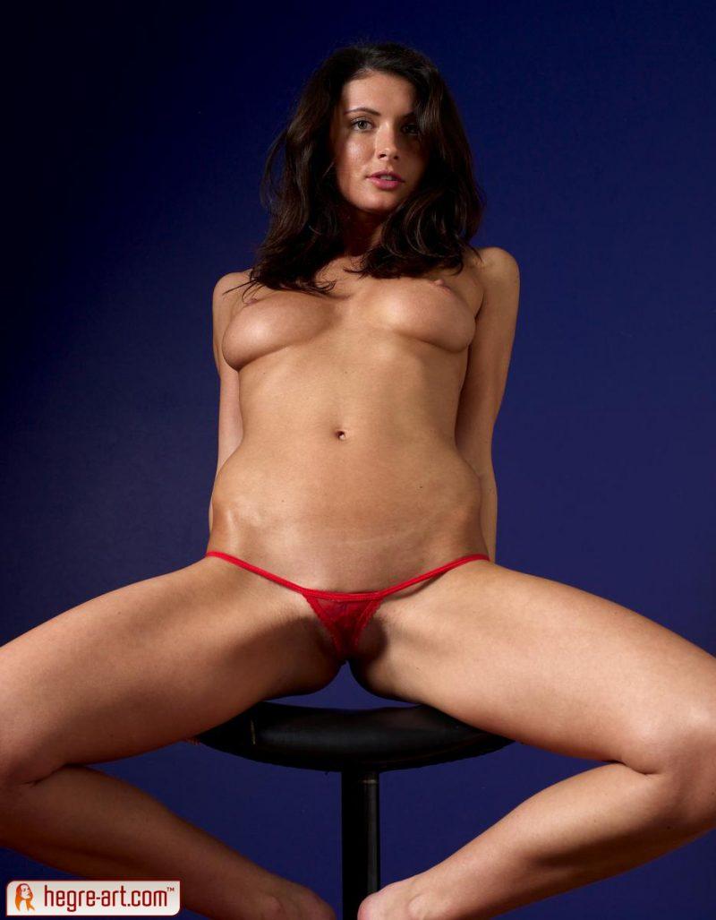kocsis-orsi-red-panties-naked-hegreart-06
