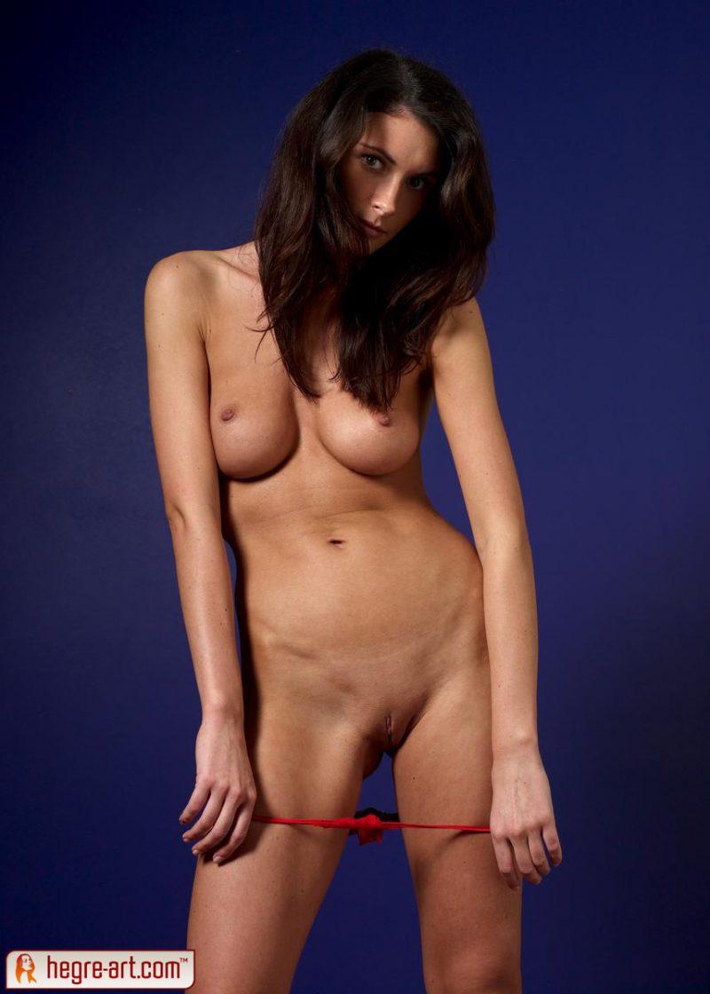 kocsis-orsi-red-panties-naked-hegreart-15