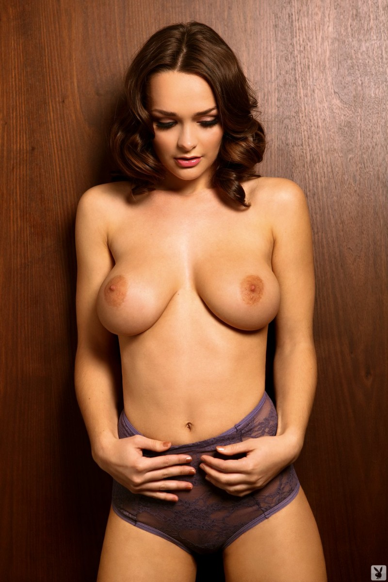 kristen-pyles-cybergirl-of-the-month-march-2011-playboy-15