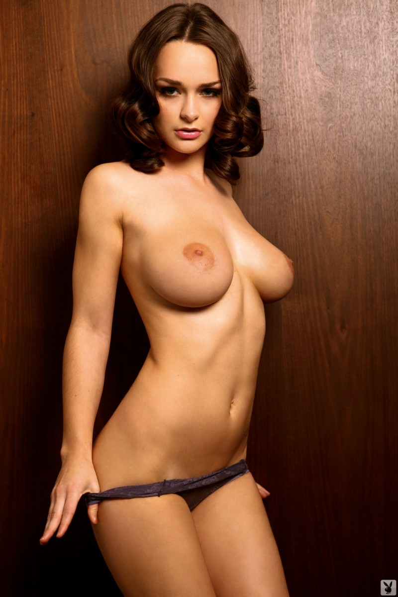 kristen-pyles-cybergirl-of-the-month-march-2011-playboy-16