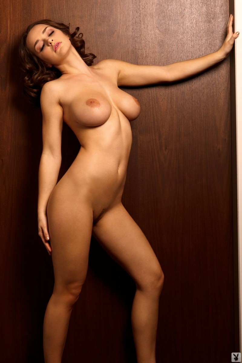 kristen-pyles-cybergirl-of-the-month-march-2011-playboy-17